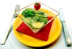 salad-652503_640