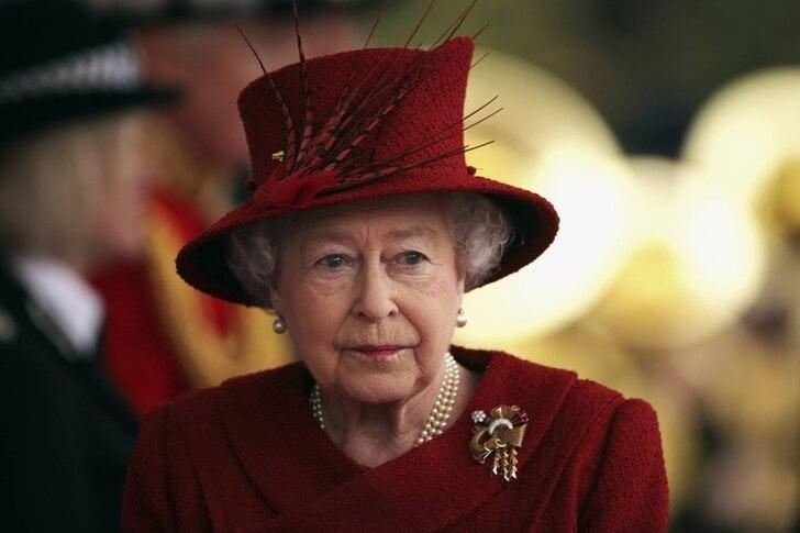 queen-winnie-3